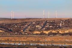 Exploração agrícola da turbina eólica de Cernavoda imagens de stock royalty free