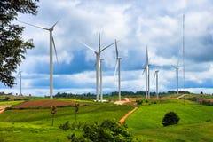 Exploração agrícola das turbinas eólicas Foto de Stock