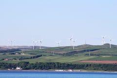 Exploração agrícola de vento de Ardrossan, Ayrshire norte, Escócia imagem de stock