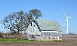 Exploração agrícola de vento do lago meadow Foto de Stock Royalty Free