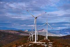Exploração agrícola de vento nas montanhas Fotografia de Stock