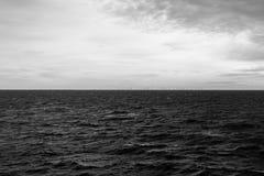 Exploração agrícola de vento no mar Fotos de Stock
