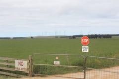 Exploração agrícola de vento, Victoria, Austrália Imagem de Stock Royalty Free