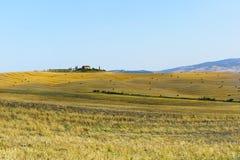 Exploração agrícola no d'Orcia de Val (Toscânia) Imagens de Stock Royalty Free