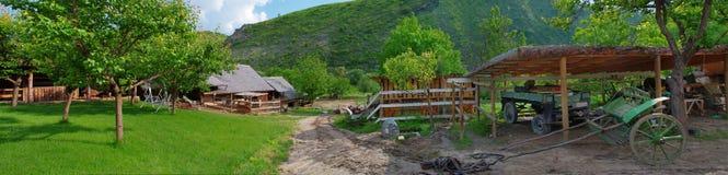 Exploração agrícola velha, Moldova fotos de stock royalty free