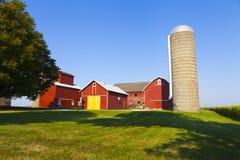 Exploração agrícola vermelha americana tradicional Foto de Stock Royalty Free
