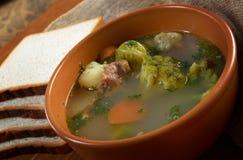 Exploração-estilo italiano   sopa com brócolos imagens de stock