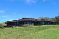 Explora Rapa Nui loge på påskön Arkivbild