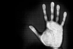 Exploración de la mano humana Fotos de archivo libres de regalías