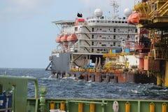 Exploración del aceite y de gas en el malasio Coastal Imagenes de archivo