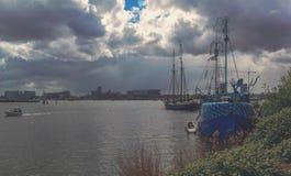 Exploración urbana en la ciudad de Amsterdam Foto de archivo libre de regalías