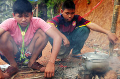 Exploradores tailandeses Imágenes de archivo libres de regalías