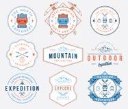 Exploration de montagne colorée illustration libre de droits