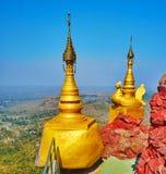 Explore Popa Taung Kalat Monastery, Myanmar imagem de stock