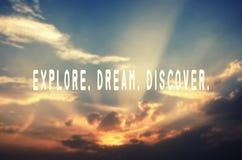 Explore, sonhe, descubra foto de stock