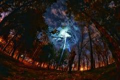Explorer extérieur la nuit Photographie stock