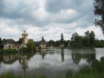 Explorer les jardins étonnants de Versailles, Paris images stock