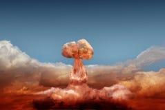Explosão da bomba atômica imagem de stock royalty free