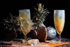 Explosão do abacaxi imagem de stock