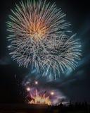 Explosão dos fogos-de-artifício fotos de stock royalty free
