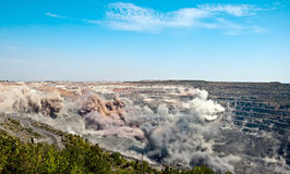Explosão em aberto - mina do molde Imagem de Stock Royalty Free