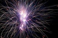Explosões dos fogos-de-artifício Fotos de Stock