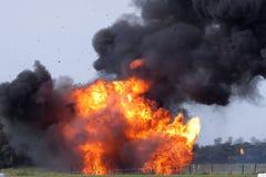 Explosión con escombros de vuelo foto de archivo libre de regalías