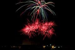 Explosión de los fuegos artificiales Imagen de archivo libre de regalías