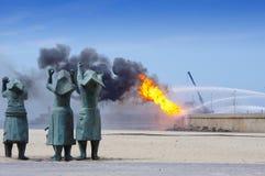 Explosie in olieraffinaderij Stock Foto's