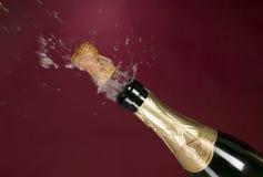 Explosie van groene cork van de champagnefles Royalty-vrije Stock Fotografie