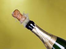 Explosie van groene cork van de champagnefles Royalty-vrije Stock Foto's