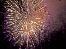 Explosie van vuurwerk royalty-vrije stock fotografie