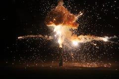 Explosion auf dem schwarzen Hintergrund Lizenzfreie Stockfotos