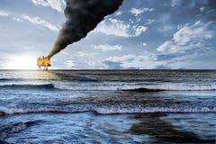 Explosion de plateforme pétrolière image libre de droits