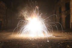 Explosion in der alten Halle Lizenzfreie Stockfotografie