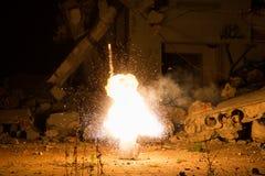 Explosion in der alten Halle Stockfoto
