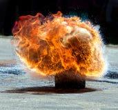 Explosion för stor brand Arkivbild