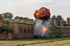 Explosion och eldkula Royaltyfri Fotografi
