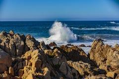 Explosions de l'eau d'océan Photographie stock libre de droits