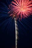 Explosions en altitude bleues et oranges Image libre de droits