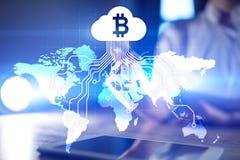 Explotación minera, bitcoin, cryptocurrency y blockchain de la nube Inversión en línea fotografía de archivo