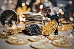 Explotación minera de la Navidad de Bitcoin imágenes de archivo libres de regalías