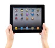 Explotación agrícola iPad2 en manos Imágenes de archivo libres de regalías