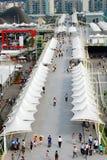 EXPO 2010 élevée de Changhaï de promenade de Pedestriansâ Photos libres de droits