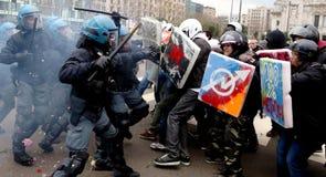 Expo 2015 : conflits dans des rues de Milan Photo stock