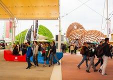 Expo que visita 2015, Milán de la gente Imagen de archivo