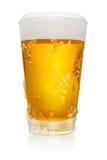Exponeringsglas av öl på vit Arkivbild