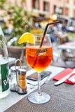 Exponeringsglas av aperol spritz coctailen Royaltyfria Foton