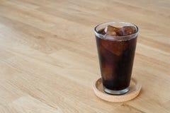 Exponeringsglas av cola Arkivbild