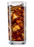 Exponeringsglas av cola med iskuber som isoleras på vit Med att fästa ihop PA Royaltyfri Fotografi